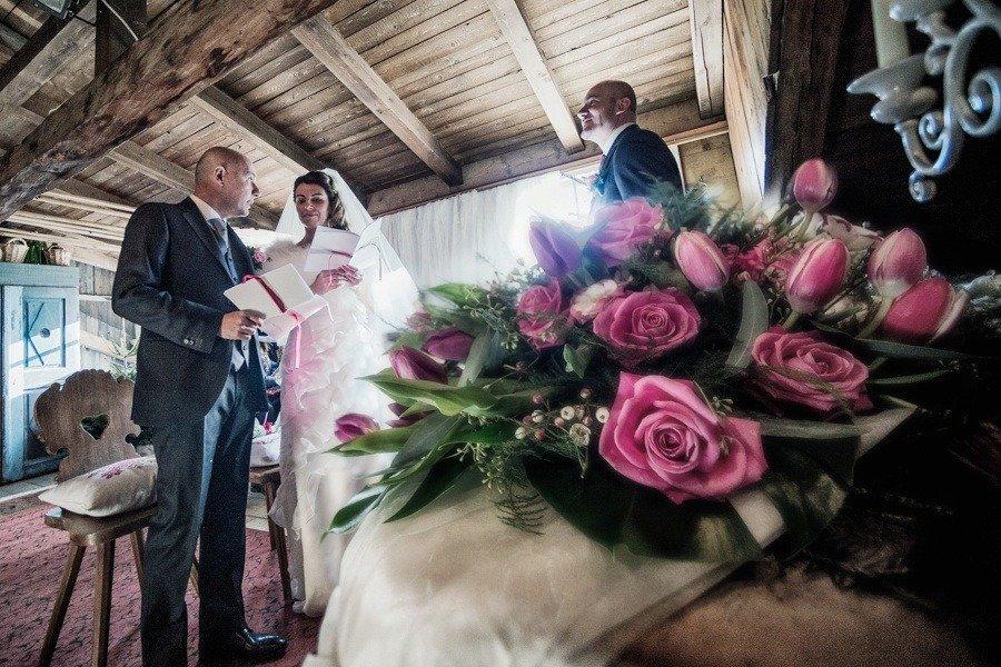 Matrimonio Bianco e Fucsia  _ Scambio fedi